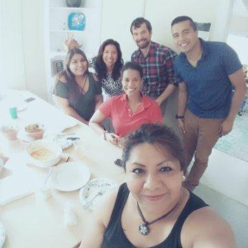 Familias Unidas staff selfie